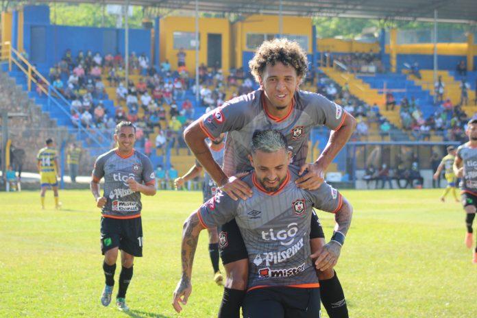 CD Águila derrotó a Limeño.